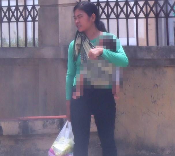 Tuyên phạt bà mẹ trẻ 8 năm tù vì hành vi bán con 3 tuần tuổi lấy 40 triệu tiêu xài