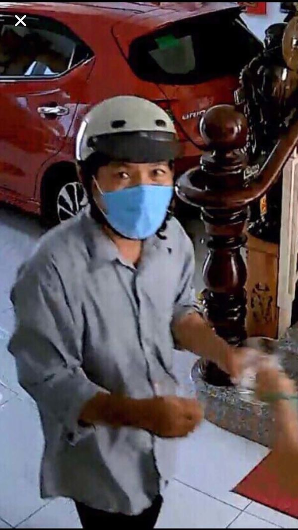 Truy tìm người đàn ông đóng giả thợ sửa ống nước, vào nhà trộm hơn 1 tỷ đồng ở Sài Gòn