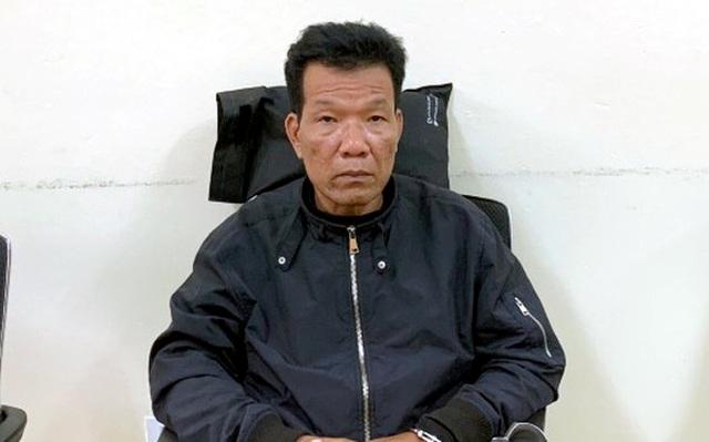 Hà Nội: Taxi kéo lê người đàn ông khỏa thân dưới gầm