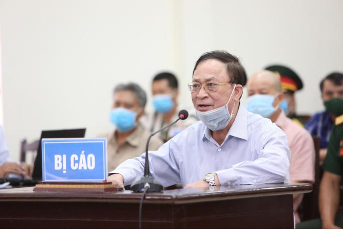 Nguyên thứ trưởng Bộ quốc phòng Nguyễn Văn Hiến bị tuyên phạt 4 năm tù