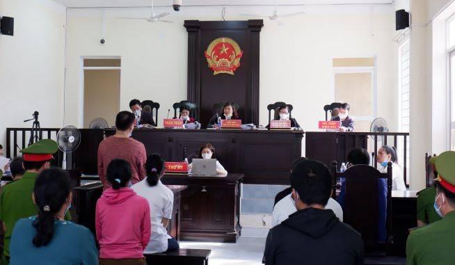 Một số bất cập về quy định về giới hạn xét xử sơ thẩm vụ án hình sự