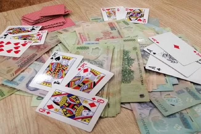 TAND Tối cao giải đáp về án treo và đánh bạc