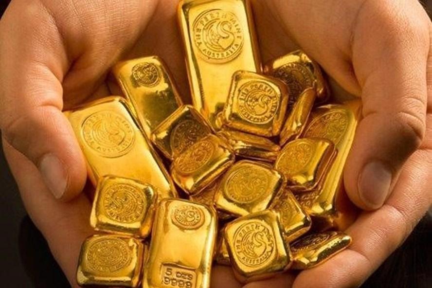 Vay vàng, trả bằng tiền có được không?