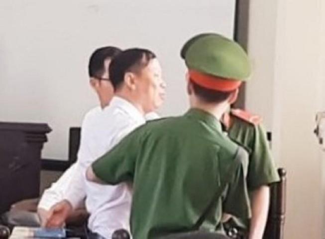 Đoàn LS Hà Nội đề nghị làm rõ vụ LS bị buộc rời phòng xử án