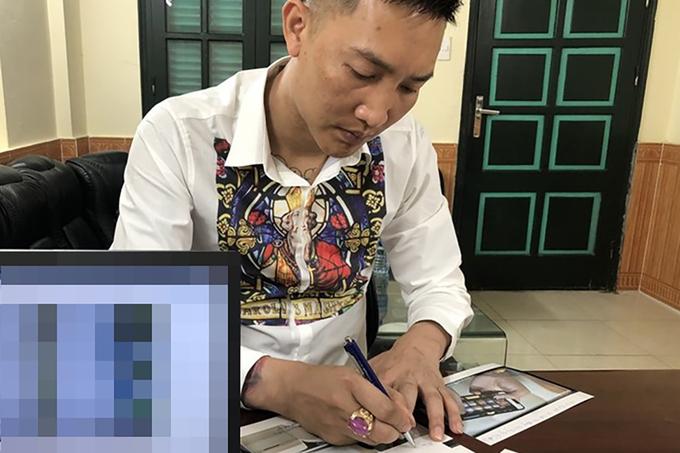 Huấn 'Hoa Hồng' bị xử phạt vì xúc phạm công chức TP HCM