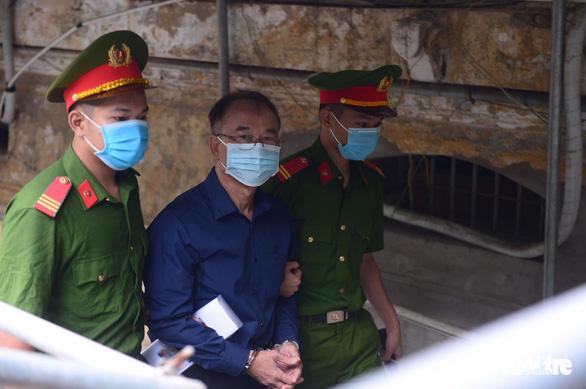 Sáng nay 16-9, cựu phó chủ tịch UBND TP.HCM Nguyễn Thành Tài hầu tòa