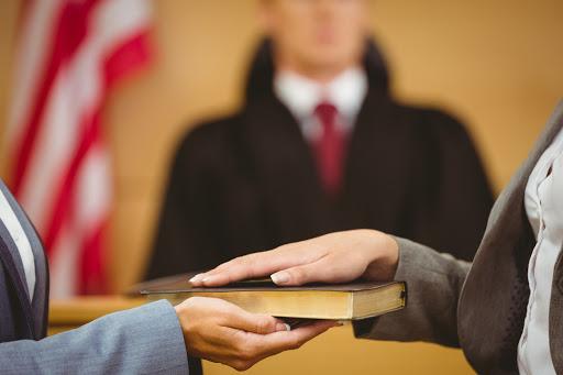 Cơ quan, tổ chức có thể là người làm chứng trong tố tụng dân sự?