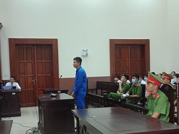 Viện kiểm sát rút kháng nghị ngay tại tòa 1 vụ hiếp dâm