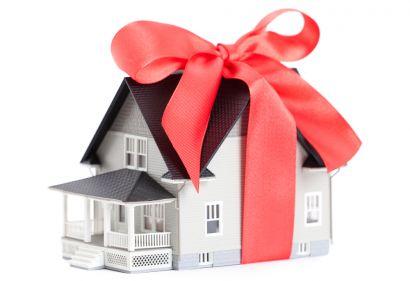 Đổi ý tặng nhà đất cho người yêu, may mắn hợp đồng tặng cho vô hiệu