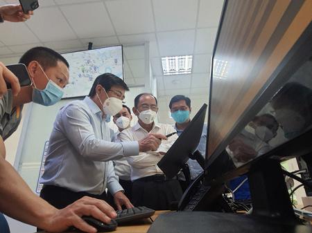 Lập Tổ tư vấn phòng chống dịch COVID-19 và phục hồi kinh tế TP.HCM