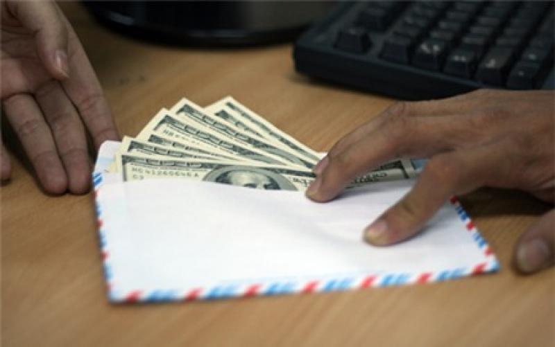 Đưa hối lộ bao nhiêu thì bị truy cứu trách nhiệm?