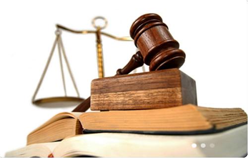 Phân biệt tội lợi dụng chức vụ, quyền hạn trong khi thi hành công vụ với tội lạm quyền trong khi thi hành công vụ