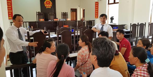 12 giáo viên thắng kiện, được bồi thường hơn 840 triệu đồng