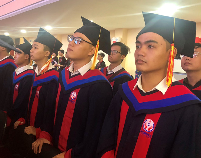 Không ghi xếp loại trên bằng tốt nghiệp: Bộ GD-ĐT giải thích ra sao?