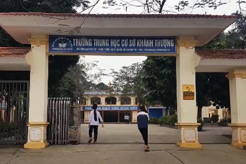Mua bán trinh tiết học sinh ở Ba Vì: Gọi điện đe dọa, ép đi bán dâm nhiều lần