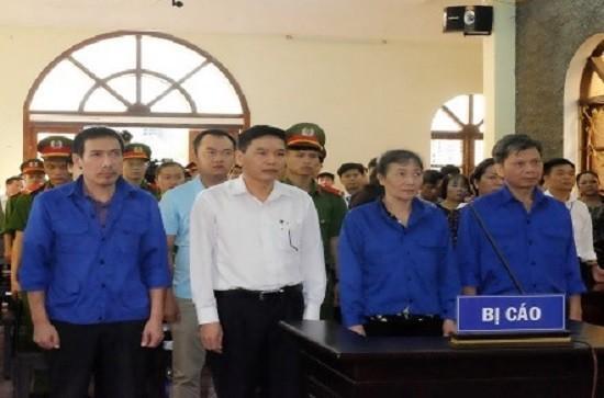 Gian lận điểm thi tại Sơn La: Đề nghị truy tố tội Đưa và nhận hối lộ