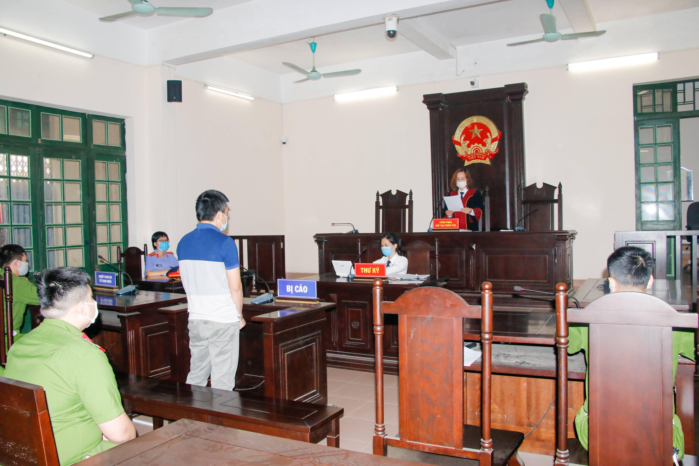 Giải quyết vấn đề dân sự trong vụ án hình sự ở giai đoạn xét xử sơ thẩm