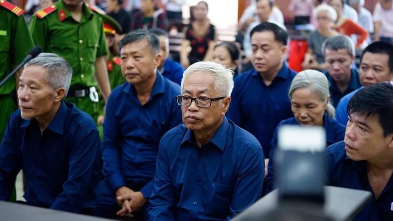 Đại án ngân hàng Đông Á giai đoạn 2: Triệu tập hàng trăm người